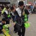 Mazie ķīnieši Stacijas laukumā