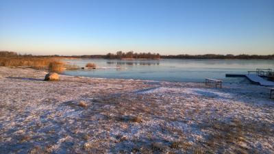Pie ezeriņa 28. novembra rītā